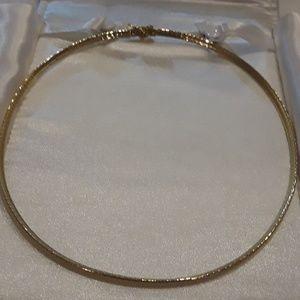 Jewelry - Beautiful gold necklace.